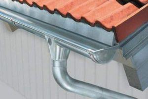 Установка пластиковых и металлических отливов для крыши своими руками
