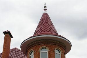 Коническая крыша: устройство, особенности конструкции и монтажа