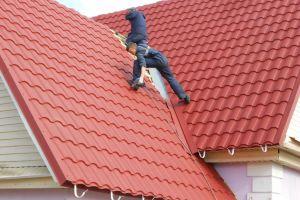 Стоимость крыши из металлочерепицы – расценки на кровельные работы
