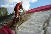 Утепление крыши пенополиуретаном – способы и стоимость работ