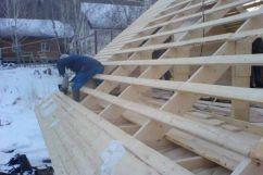 Какая используется доска для обрешетки крыши дома?